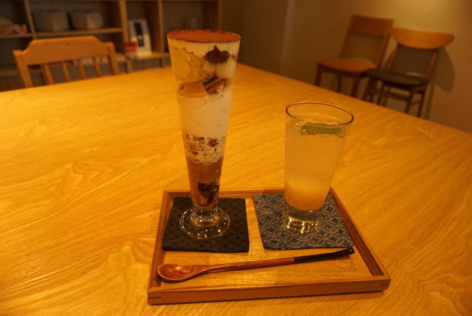 和倉カフェのパフェ